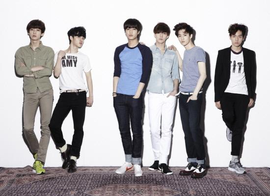 EXO-K Chosen as CF Models for Samsung Electronics