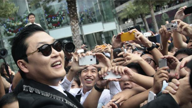 "PSY's Favorite Celebrity to Go ""Gangnam Style"": Tom Cruise"
