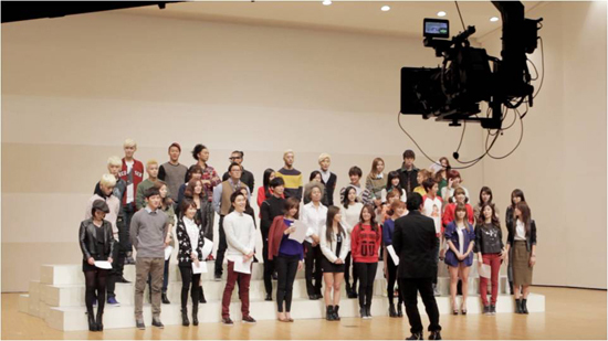 """Artists Gather Together for Campaign Song """"Beautiful World"""""""