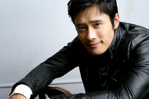 Lee Byung Hun Feels Protective of Lee Min Jung
