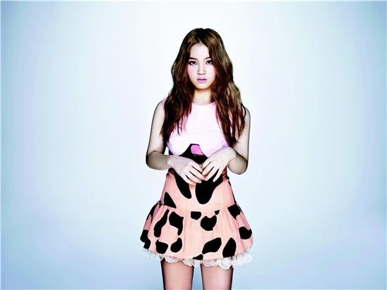 Weekly K-Pop Music Chart 2012 – November Week 4