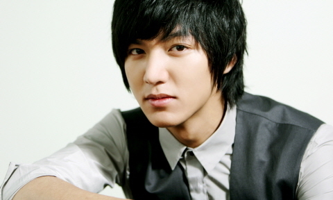 Lee Min Ho Talks about His Chemistry with Older Actresses
