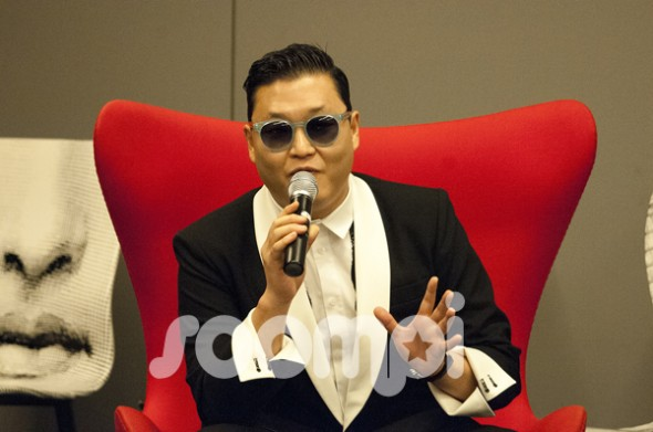 [Exclusive] PSY's Press Conference in Paris