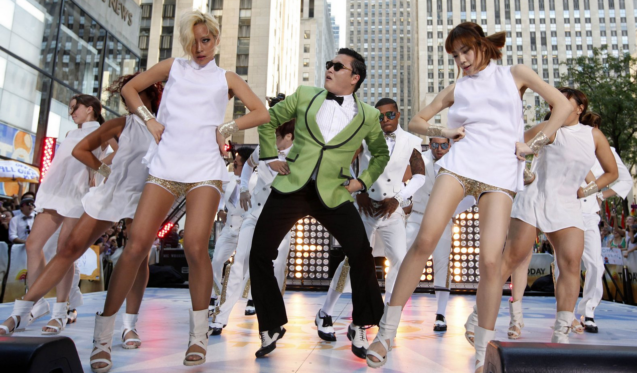 "PSY Asks Obama for White House Invite to Teach the President the ""Gangnam Style"" Dance"