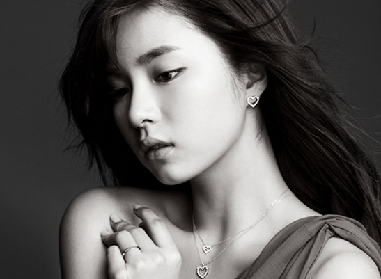 Shin Se Kyung to Release a Christmas Song