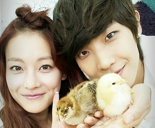 "Lee Joon's Wifey Oh Yeon Seo to MC ""Music Core"""