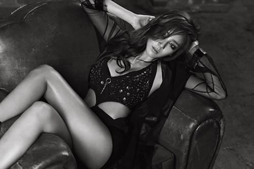 Sexy Queen Son Dam Bi's Comeback Teaser Photo Released