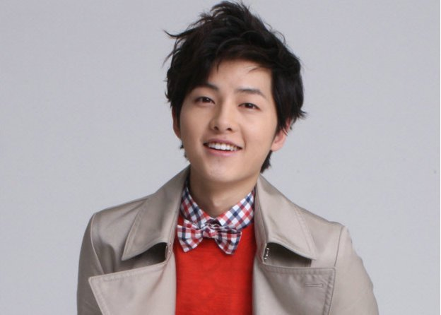 Photos of Song Joong Ki Singing at the Recording Studio