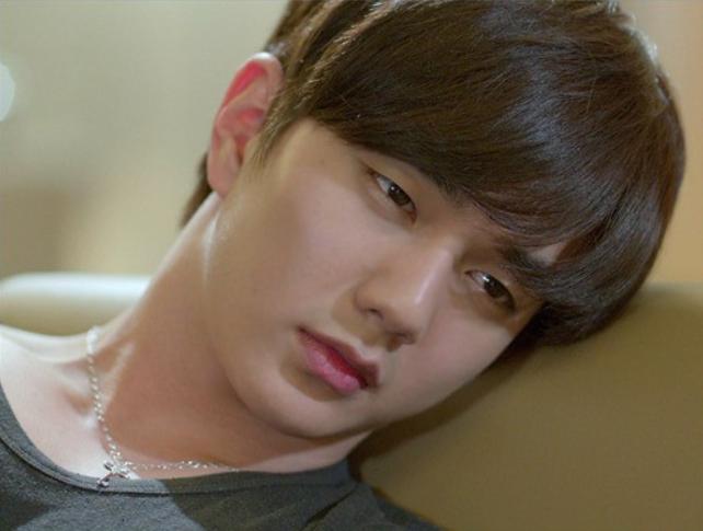 "Gorgeous Yoo Seung Ho's New Nickname is ""CG Man"""