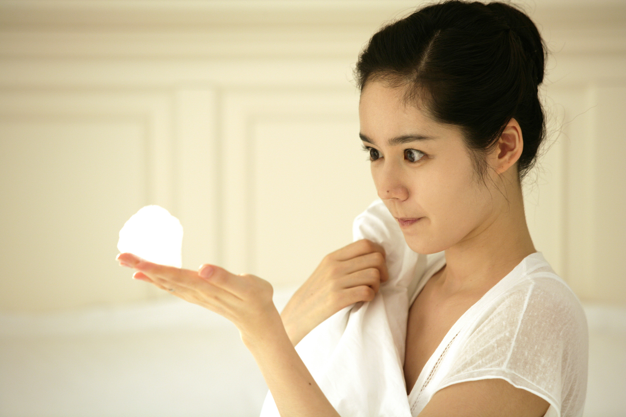 "Han Ga In: ""I Want a Son Just like Yeon Jung Hoon"""
