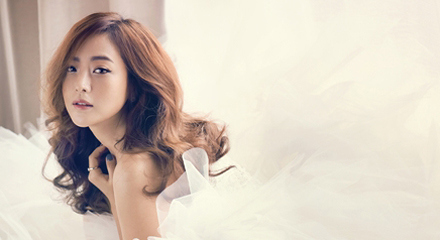 Kim Hee Sun Looks Stunning in Cosmopolitan Photo Spread