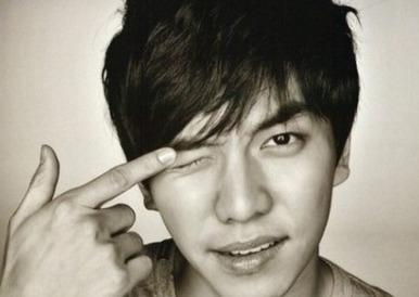 "Lee Seung Gi Sweeps Music Charts with ""Return"""