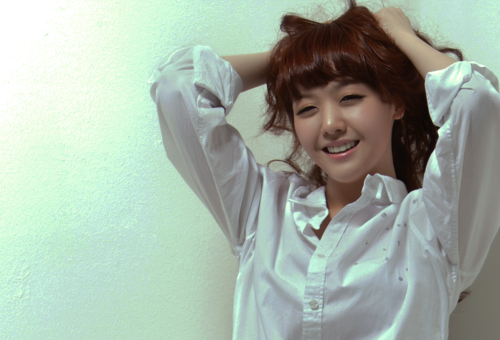 Girl's Day Minah Is Seriously Considering Double Eyelid Surgery