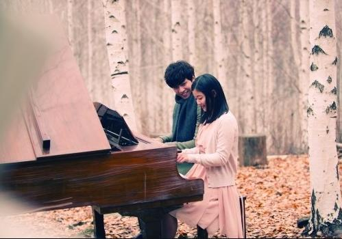 "Lee Seung Gi is Charming in BTS Video for ""Return"""