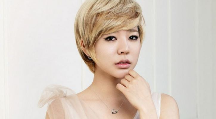 Girls' Generation Sunny Reveals Her Purple Hair