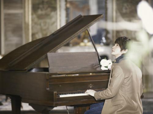Shin Hye Sung Reveals Solo Album Photos and Video