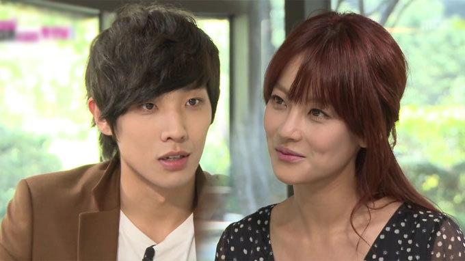 """Lee Joon Surprises Oh Yeon Seo at """"Radio Star"""""""