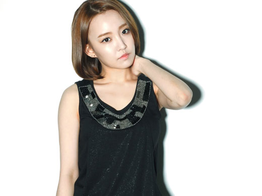 Younha Warns Netizens Who Commented with Malicious Words