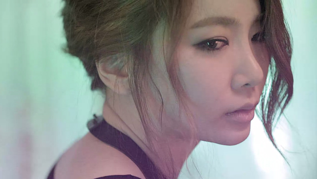 "BEG's Jea Reveals Her Sexy Teaser for Upcoming Concert ""Tonight 37.2°C"""