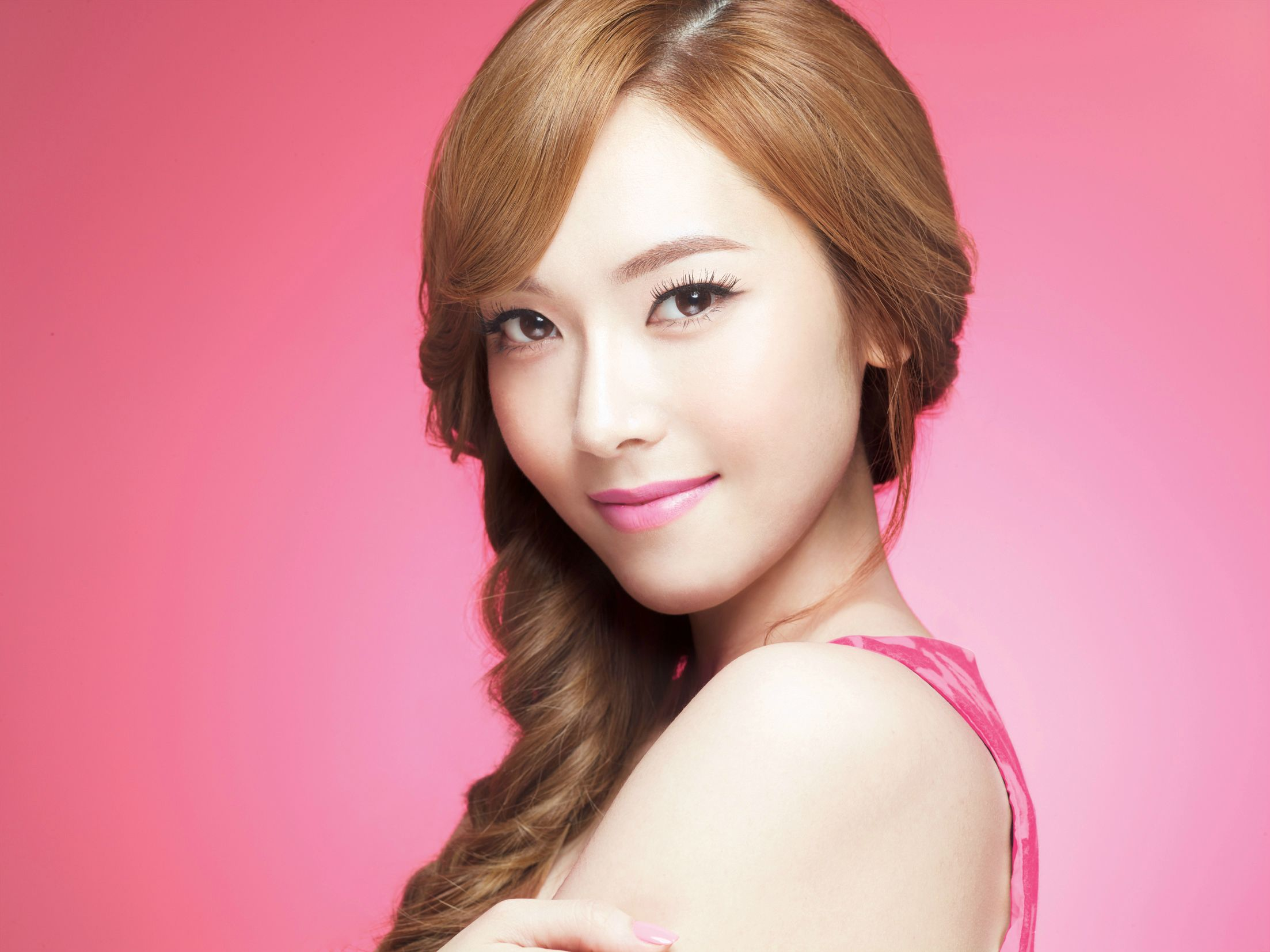 Jessica Is Lovable Chic for Banila Co Advertisement