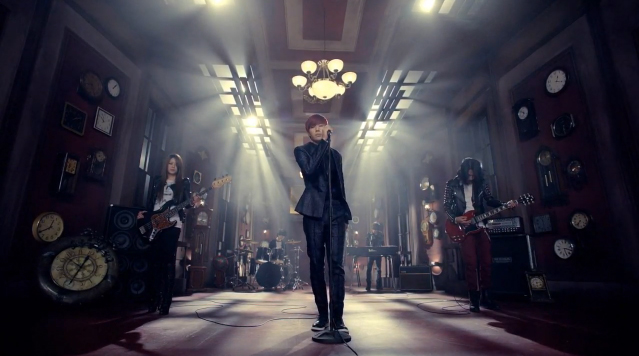 "Kim Sung Kyu Reveals Band Ver. MV for ""60 Seconds"""