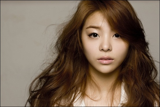 """Ailee Releases Teaser for """"My Grown Up Christmas List"""""""