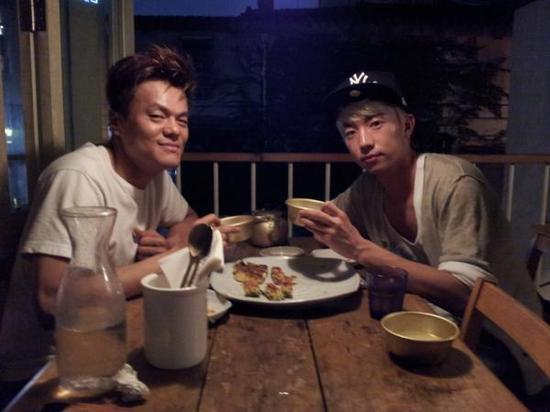 2PM's Wooyoung Disses JYP?