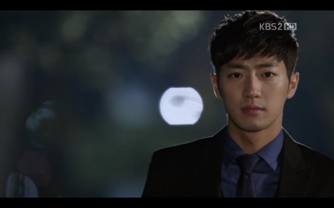 """Lee Sang Yeob Is the First """"Bagel"""" Guy?"""