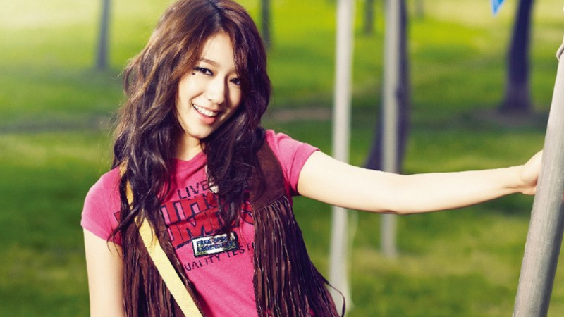 Park Shin Hye Shows Her Tired Self Juggling College and Acting