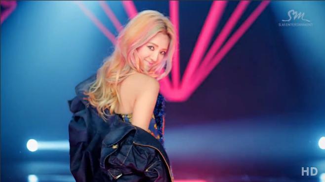 Girls' Generation's Hyoyeon Reveals Spunky Comeback Teaser