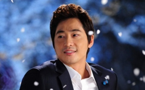 Kang Ji Hwan's Agency Ordered Him to Pay Hefty Fine for Breach of Contract