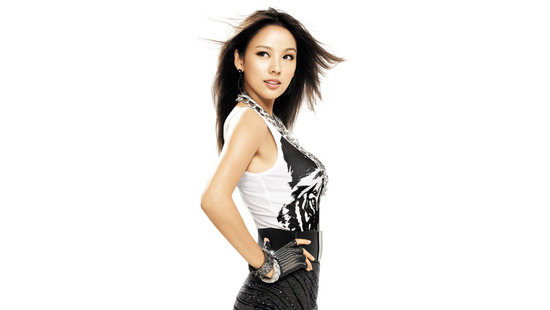 Lee Hyori Leaves for America to Work on New Album