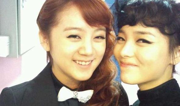 Wonder Girls' Sunye and Hyelim Share 4 Feel-Good Selcas