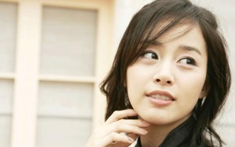 Beautiful Kim Tae Hee Had Skin Problems in the Past?