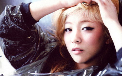 """f(x)'s Luna to Sing for """"Alice in Cheongdamdong"""" OST"""