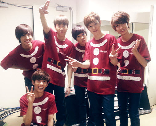 Boyfriend Holds First Christmas Concert in Japan