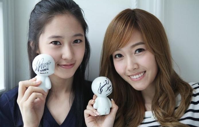 Who Wore It Better: Girls' Generation's Jessica vs f(x)'s Krystal
