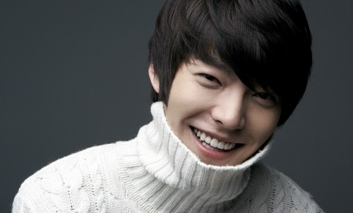 """School 2013's"" Kim Woo Bin Reveals How He Beats The Winter Chill"