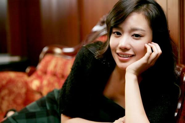 Kim Ah Joong Got into Jang Geun Suk's Van While Half-Asleep?