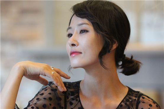 Kim Sun Ah Shows Off Her Amazing Body
