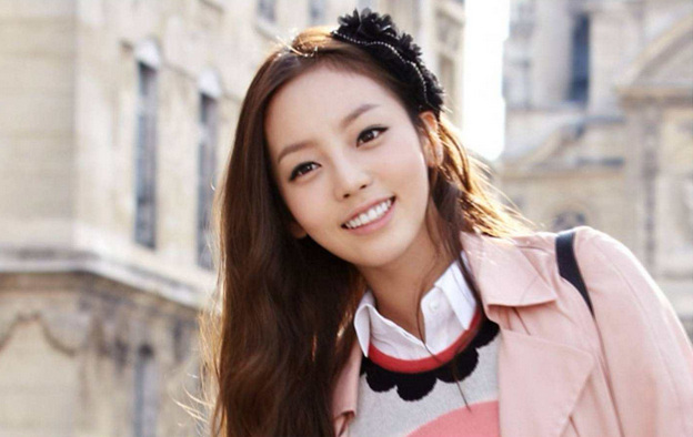 KARA's Goo Hara Looks Better With or Without Bangs?