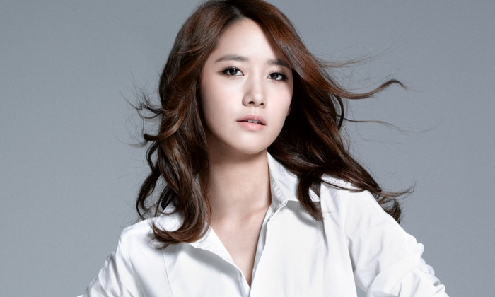 Is That Really YoonA? Photos from Three Years Ago Have Fans Doing a Double Take