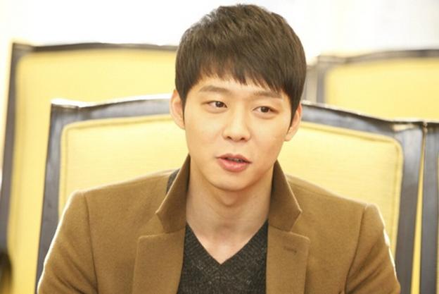 "Park Yoo Chun Hopes for a Sad Ending on ""I Miss You"""