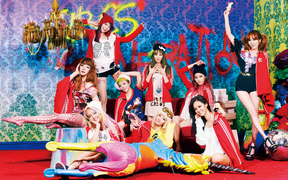 Girls' Generation Has Fun in the Snow and Wishes Everyone a Merry White Christmas