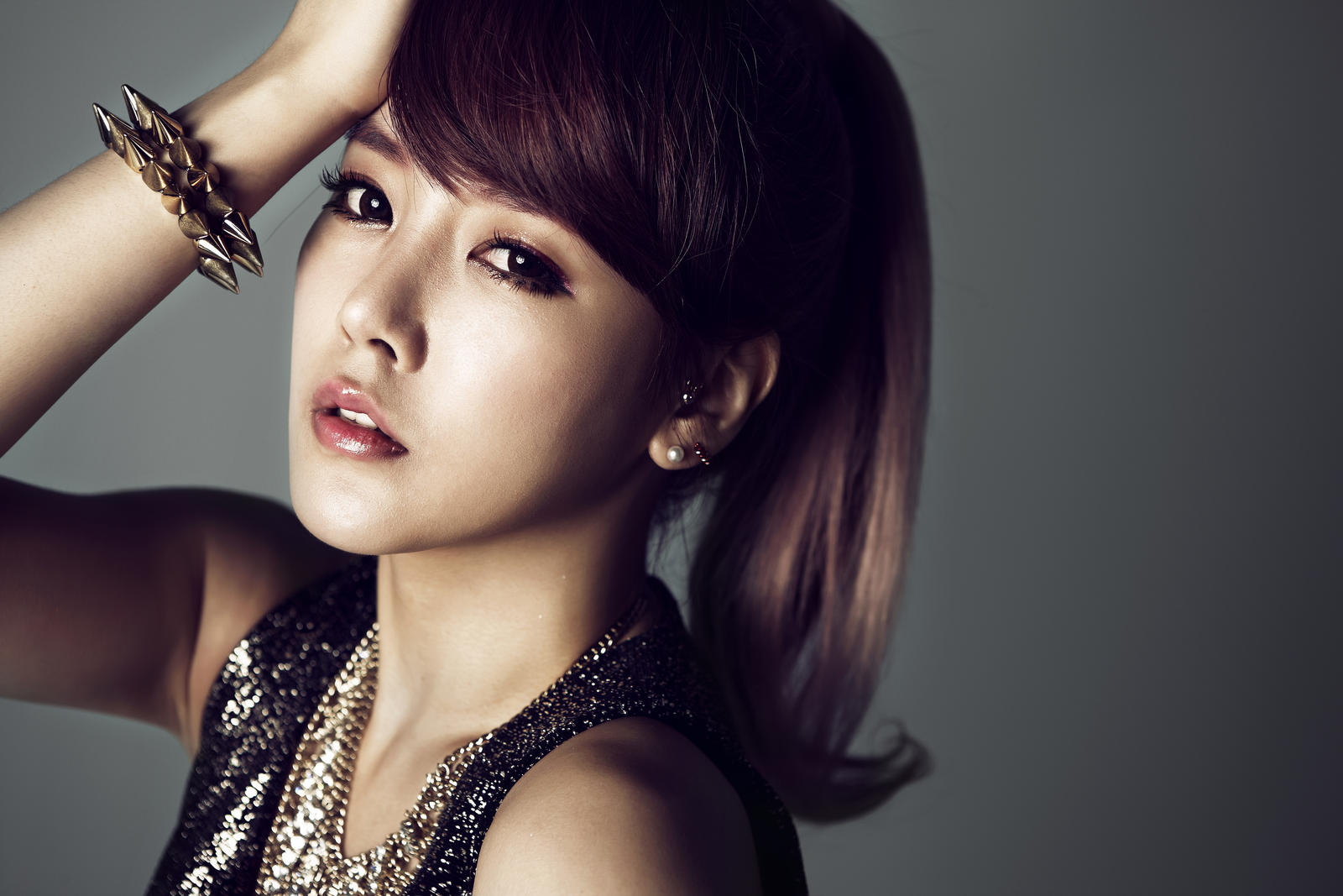T-ara's Soyeon Under Fire for Supposedly Dissing Senior Actress