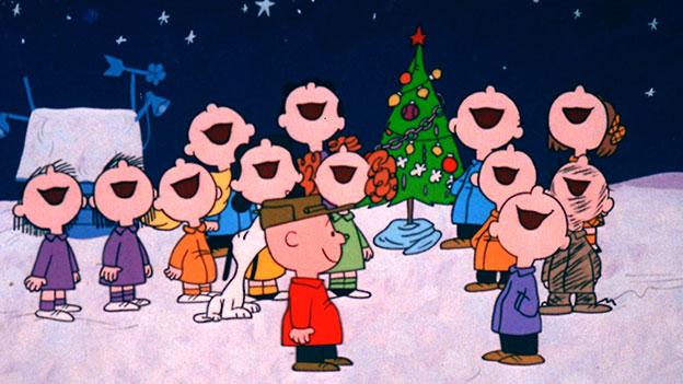 Santa's K-Pop Male Helpers!