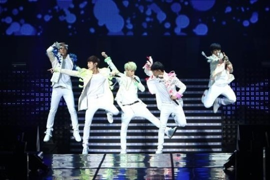 [Exclusive] B1A4's First Concert Review