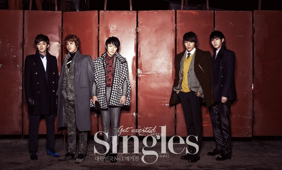 """FT Island Looks Sharp and Masculine for """"Singles"""""""