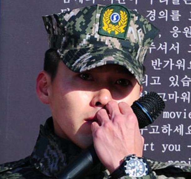 Hyun Bin's Fans Donates 4.35 Tons of Rice to Celebrate His Discharge
