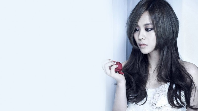 miss A's Fei's Striking Resemblance To Actress Kim Ah Joong